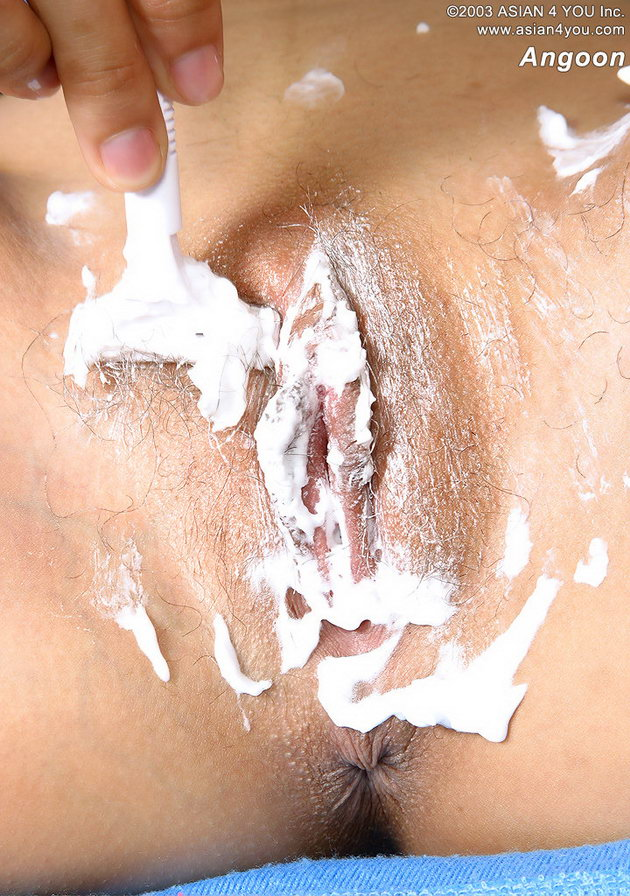 Nicely Pussy shaving download